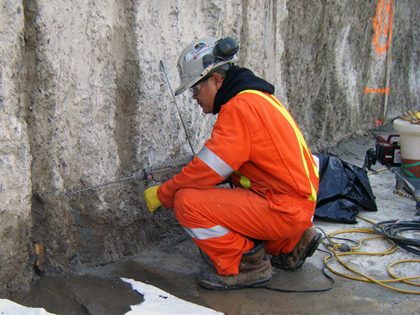 grouting program for leak sealing rock shaft